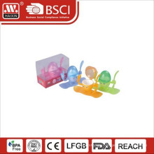 Plastic egg server with cover