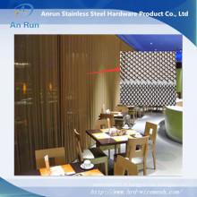 Rideaux en bobines métalliques - en tant que rideau en métal ou diviseur d'espace