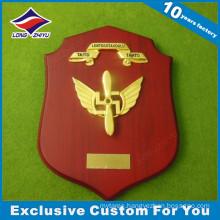 Custom Wood Shield Cast Metal Souvenir Gold Plated Plaques Trophy