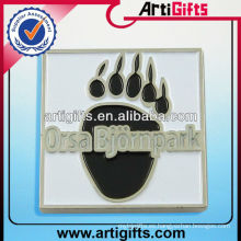 Emblema hecho a mano de metal emblema