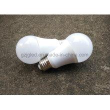 Lámpara personalizada del bulbo del precio 9W E27 del precio de fábrica del servicio del logotipo