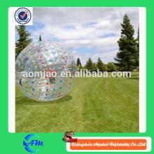 Bola de balanceo inflable de la bola zorb inflable de la tierra de los puntos coloridos para la venta