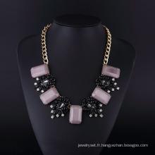 Collier plaqué or style acrylique Bohème violet