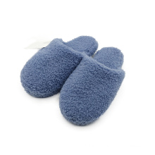 Indoor slipper with soft soles Can be customized color new slippers Warm and comfortable slippers