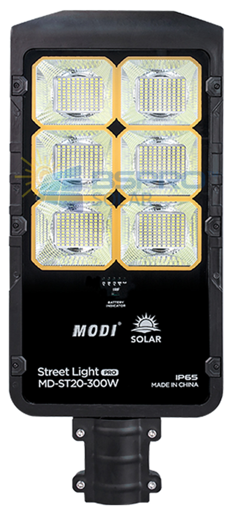 Solar street light without cable connection