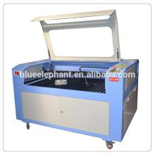 Máquina de gravura de madeira acrílica do laser do MDF 1390, máquina de corte do laser