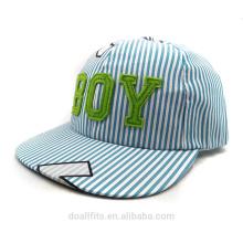 Синяя полоса с логотипом мальчика дешевая цена для детской шапки, сделанной в Китае на 2016 год