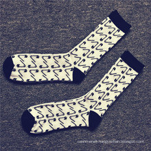Men′s Cotton Happy Socks with Pin Pattern (MA032)