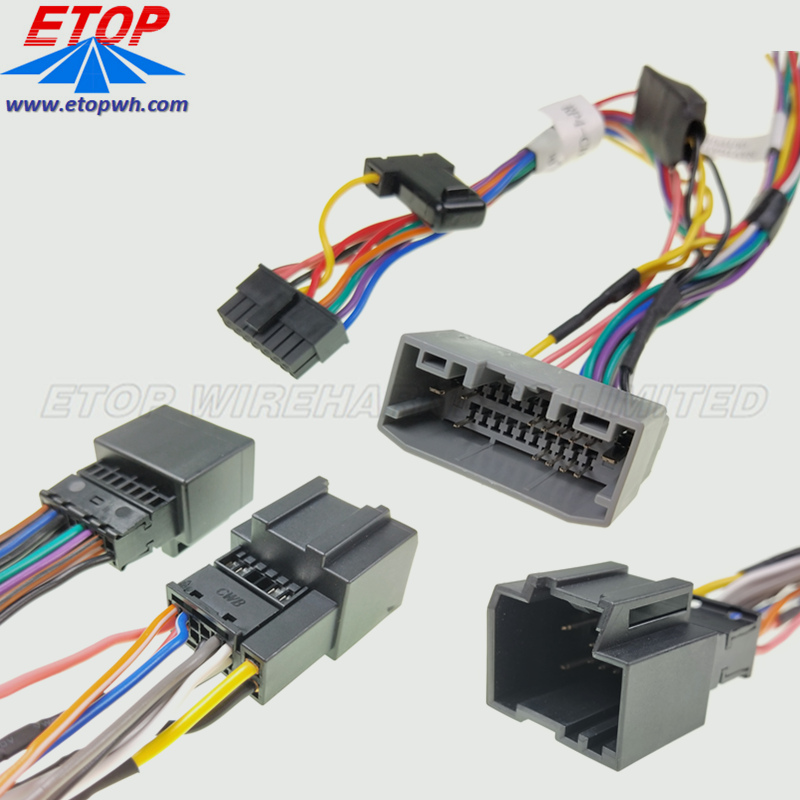 stereo wiring assembly