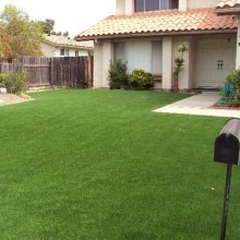 Resistencia UV Durable 4 Colores Faux Grass