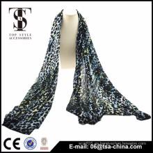 2015 imprimió las bufandas multicoloras de la señora del leopardo viscosa