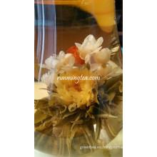 Felicidad Baile de mariposas Hermosas bolas de té en flor