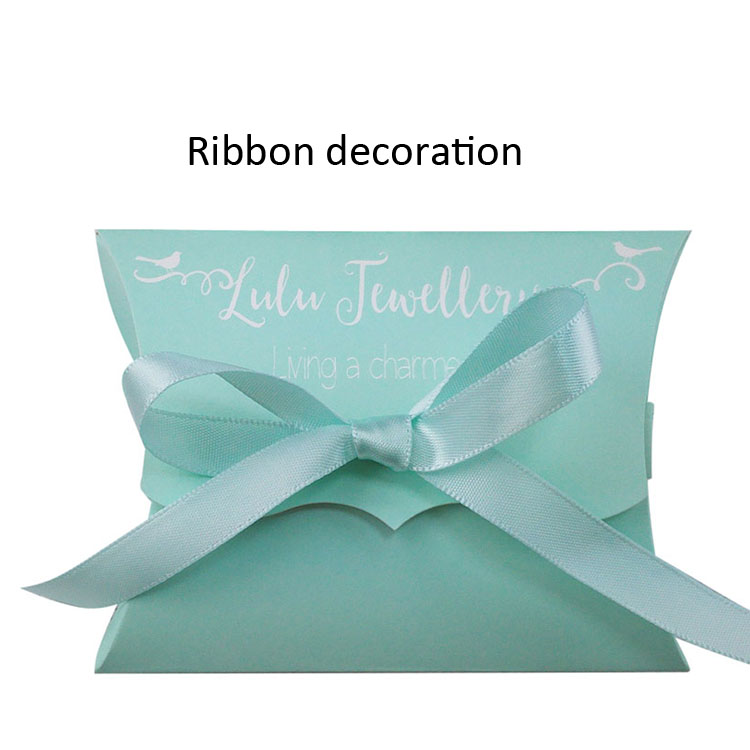 Collapsible paper pillow box for jewelry