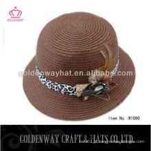 Chapéus cloche das senhoras Brown