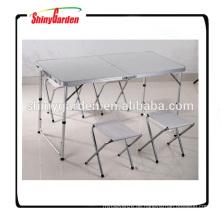 Faltbarer Tisch und Stuhl aus Aluminium