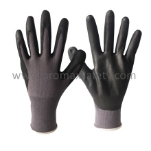 13G Gris Nylon Liner Black Ultra Thin Foam Nitrile Palm Coated Gloves