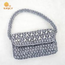 Bolso de mano hecho a mano de ganchillo gris perla