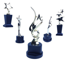 Trophée en aluminium de vente en gros d'utilisation de collection Rising Star