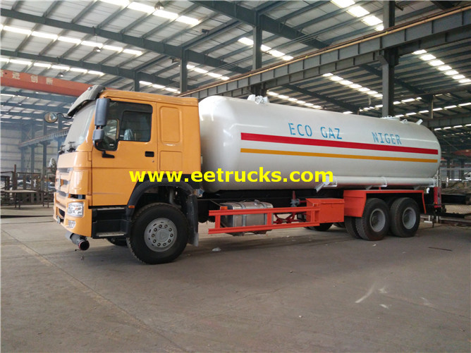 Propane Delivery Tanker Vehicle