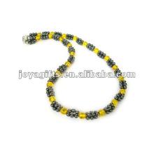 Collier à perles en cristal d'hématite magnétique