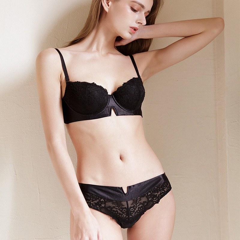 Fancy Ladies Panty Bra Set