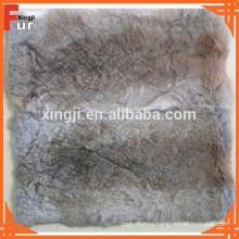 Cojín / almohada de piel, piel de conejo