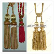 Gland avec noeud chinois