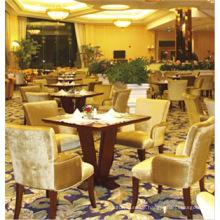 Vier Stühle und Tisch aus massivem Holz gepolstert Hotel Dining Set (FOHCF-8877)