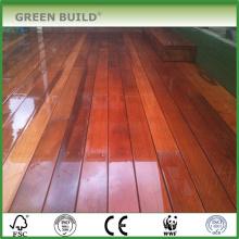 Couleur rouge marron en détresse Terrasse anti-dérapante en bois de merbau