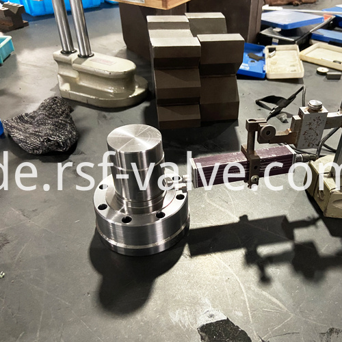 4 600lb Finish Machining Trunnion Of Side Entry Ball Valve