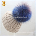 China fabricante de guantes de piel de piel Pom Pom hecho punto gorrito llano