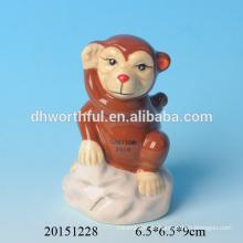 2016 heißer Verkauf keramischer Affe-Federhalter