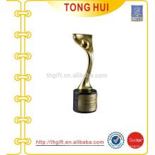 Металлический золотой спорт Трофейная чашка в Сувенирах