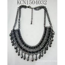 Retro Fabric Black Nickel Ore Necklace with Metal