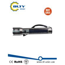 Linterna solar LED recargable para uso en caso de emergencia