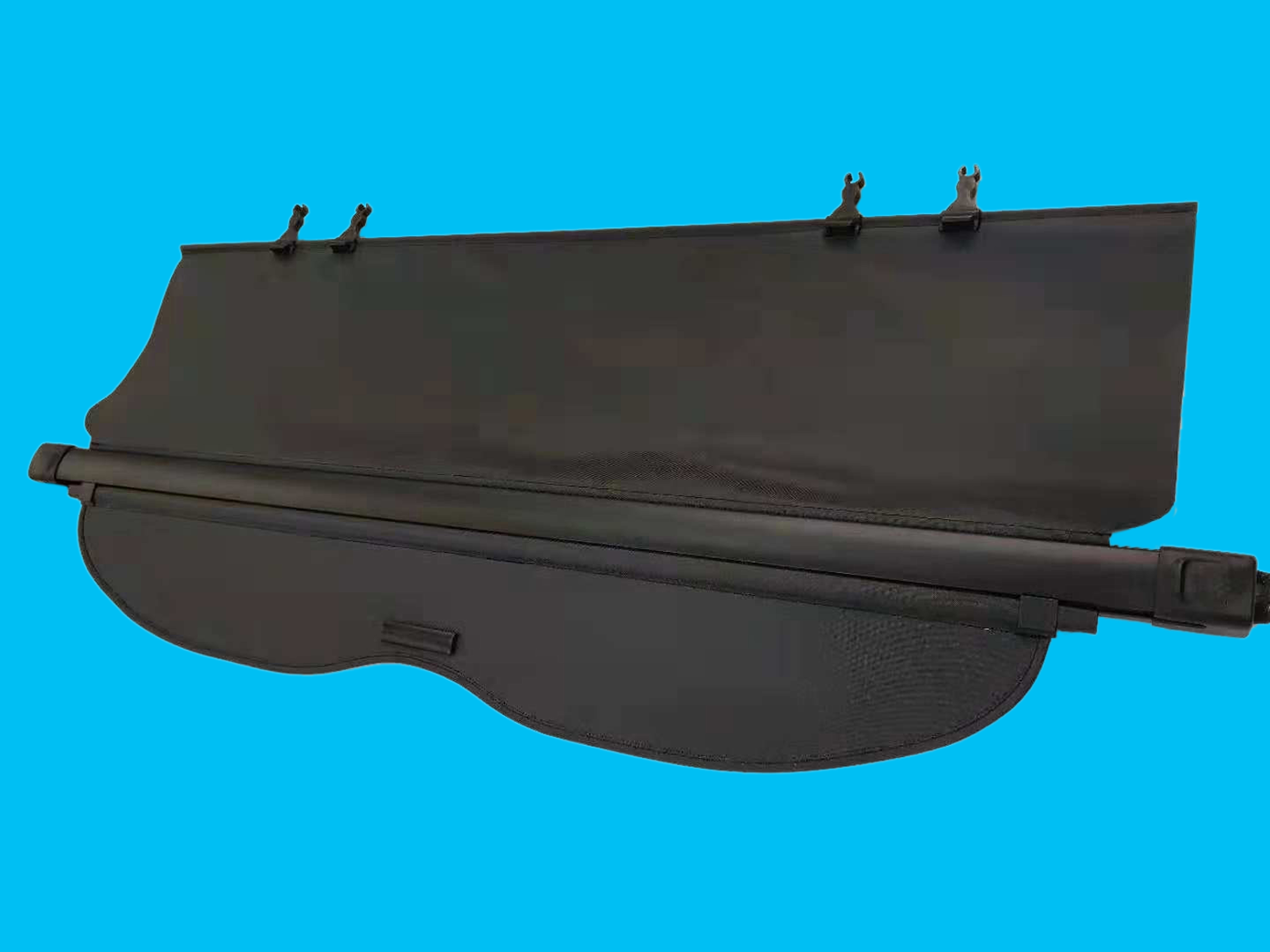 Isuzu Nomad Rear Cargo Cover