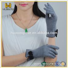 Best Selling New Style Winter Warm Soft Damen Wolle Handschuhe mit Bogen