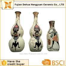 Экзотический аромат и индийская керамическая ваза для украшения