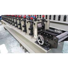 Máquina formadora de rolos para portas de garagem