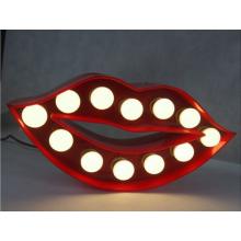 LED allumée Marquee signe métal Alphabet lettre bouche rouge