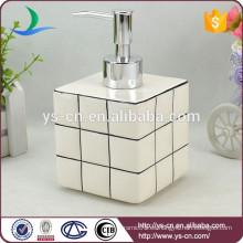 Blanco Rubik's Cube dispensador de jabón líquido para baño