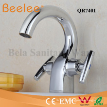 High Quality Solid Brass Chromed Dule Handle Basin Faucet