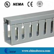 Trunking fendu de câble de PVC de blanc / gris (UL, IEC, GV et CE)