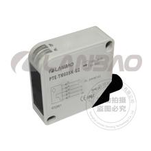 Mediante el sensor fotoeléctrico infrarrojo del haz (PTE-TM60S-E2 AC / DC5)