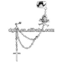 Cráneo y cruz perforación oído cadena oído puño joyas