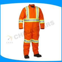 Trajes ignífugos naranja fluorescente trajes de seguridad bombero en el ambiente de calor de alta temperatura