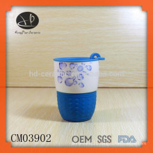 Ceramic Material and Porcelain Ceramic Type novelty items,Porcelain mug with silicon wrap and plastic lid,travelling mug