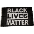 Atacado de Black Lives Matter Flag
