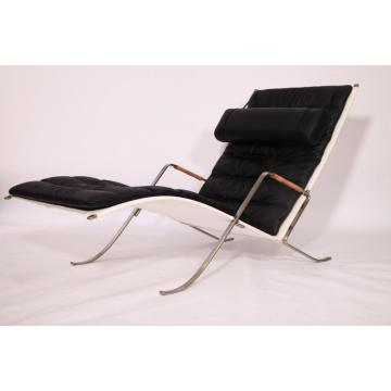 Replica della chaise longue Grasshopper Grasshopper in pelle marrone