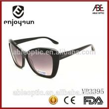 Las mejores gafas de sol famosas de la marca de fábrica del mens con la muestra libre